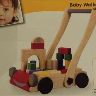 wooden walker PLAN TOYS