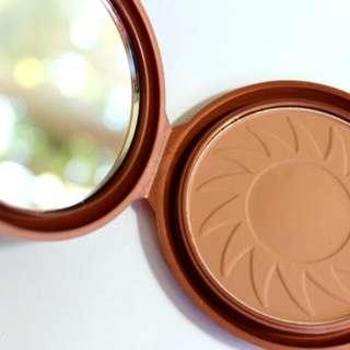 N.Y.C Smooth Skin Bronzing Face Powder (Sunny)