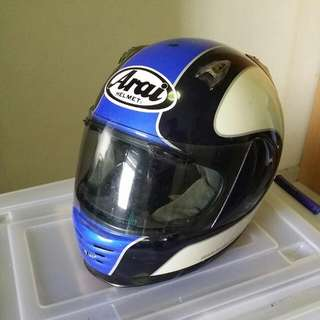 PRICE REDUCED $150 !!!!!!Arai Full Face To Let Go With Slight Gash On Top Surface For $150 (Made In Japan). Size Is Small To Medium At 55.56cm Pls Call 90060574 If Interested.