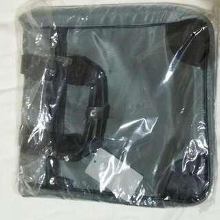 Ashworth Document Sling Bag