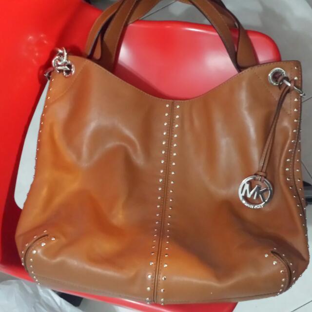 587319e0ce40 Michael Kors Vintage Brown Bag
