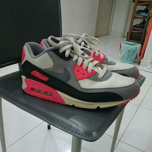Nike Air Max 90 OG Vintage Infrared , Men's Fashion on Carousell