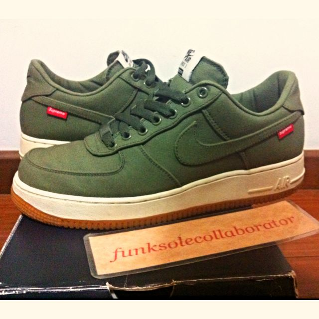 outlet store 77006 f525b US8.5 Nike Air Force 1 Low Supreme Army Olive Green, Sports on Carousell