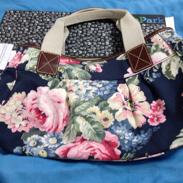 Authentic Cath Kidston Bag @30sgd