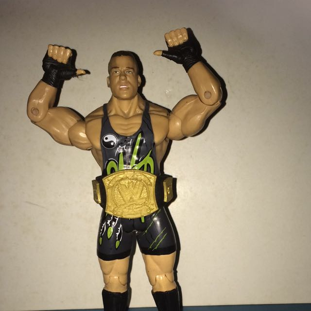 WWE RVD Rob Van Dam WITH WWE CHAMPIONSHIP BELT, Toys & Games