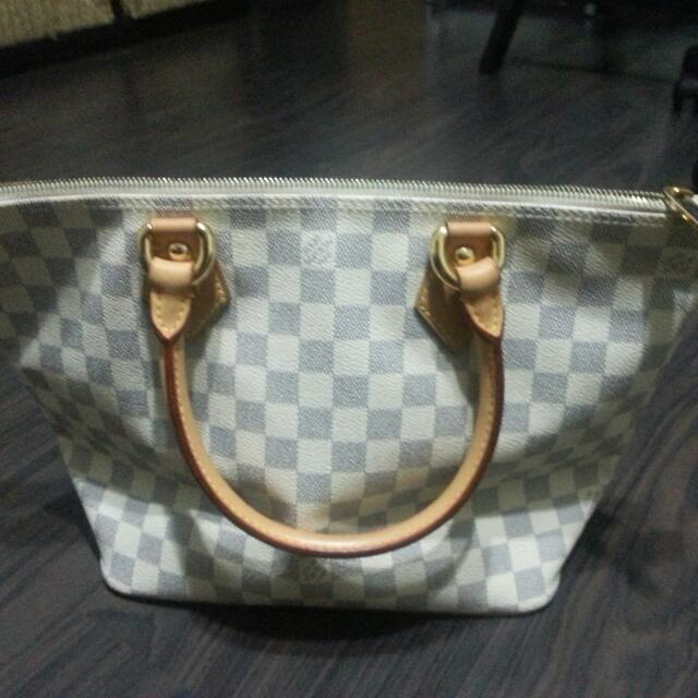 Reserved Louis Vuitton Saleya PM