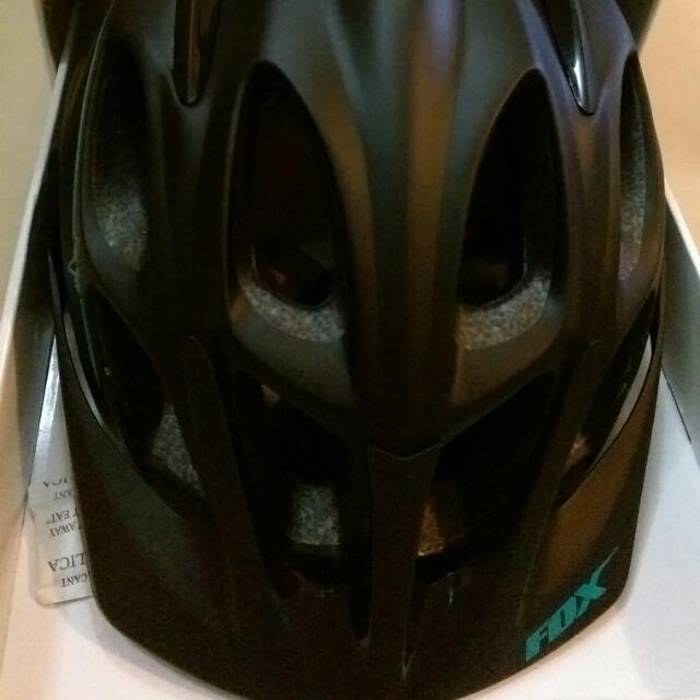 BNIB Fox Flux Women's mtb helmet
