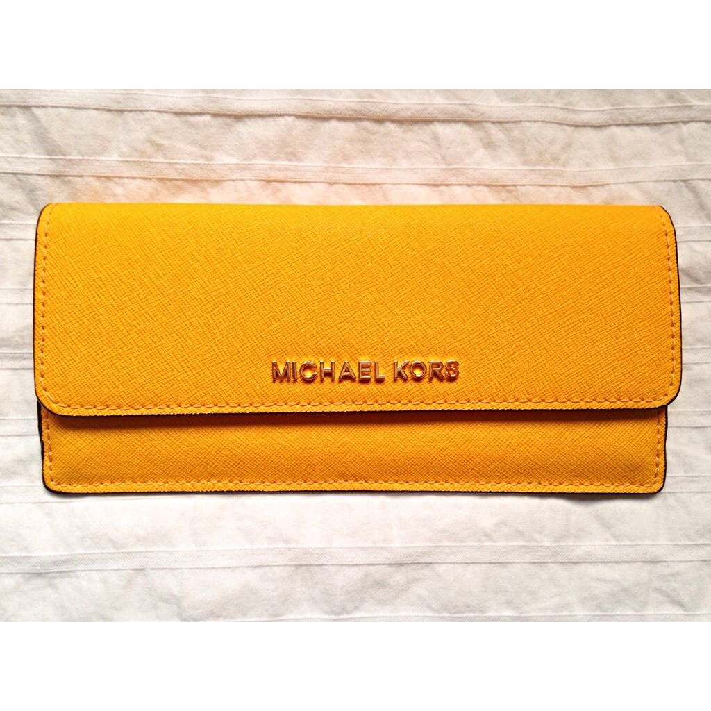 Michael Kors Summer//Spring 2014 Collection (Long Purse//YELLOW)