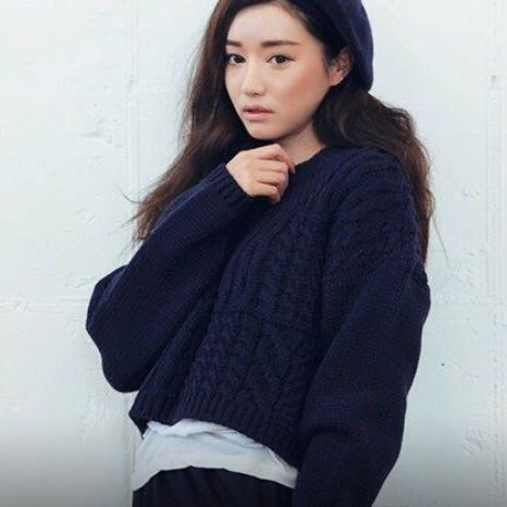 Knitted Crop Navy Blue Knit Top