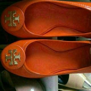 BNIB Reva Leather In Size 7