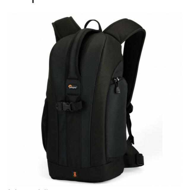 *Reduced to clear* Authentic Lowepro flipside 200 backpack