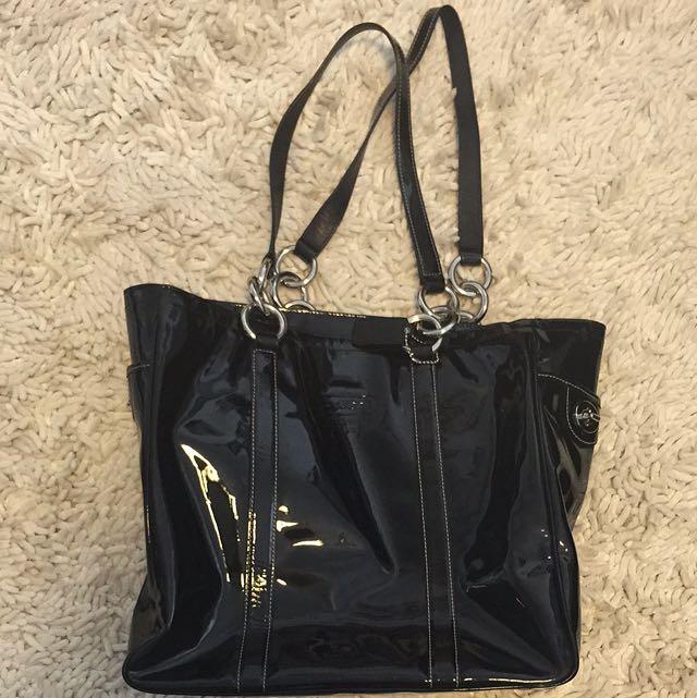 Genuine Coach Patent Shoulder Bag