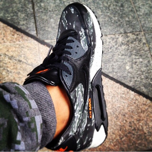 49a40a8de4c54 Nike Air Max 90 X Atmos Tiger Camo, Men's Fashion on Carousell