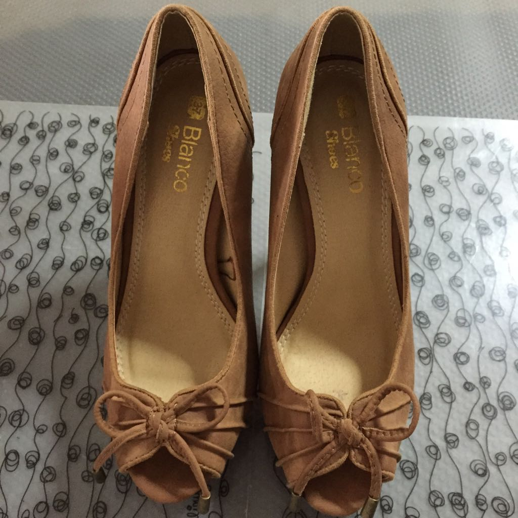 CLEARANCE SALE: Blanco shoes (stilletos)