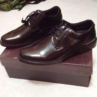 Smart SAF shoes