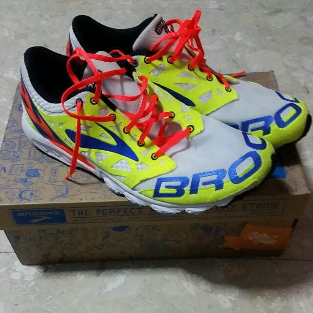 newest collection 5b118 0948c Brooks T7 Racer , Sports on Carousell