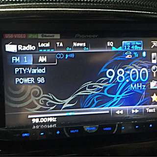 Pioneer Double Din DVD Head Unit With Bluetoooth. Ipod & Android Player Compatible