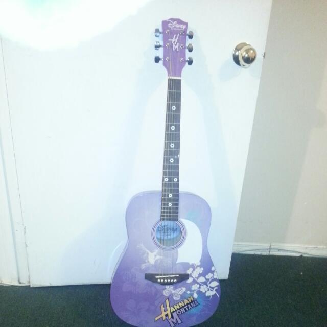 Disney Hannah Montana 3/4 Sized Acoustic Guitar