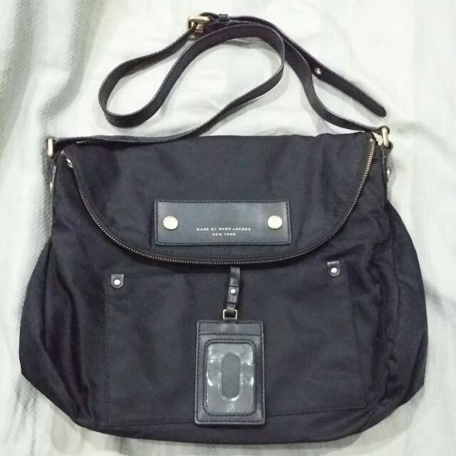 bde561fc9871 B21 Marc By Marc Jacobs Preppy Nylon Sasha Crossbody Bag