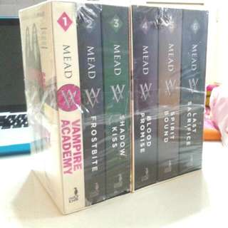 Vampire Academy Book Series