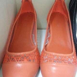 Mondo Shoes