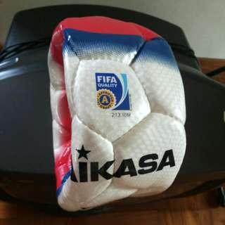 SL 450 Mikasa Match Ball