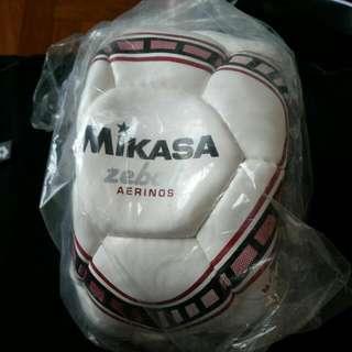 Mikasa Aerinos Ball