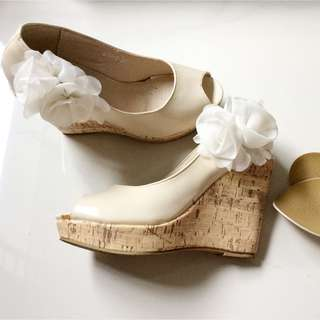 Nude Wedged Shoes