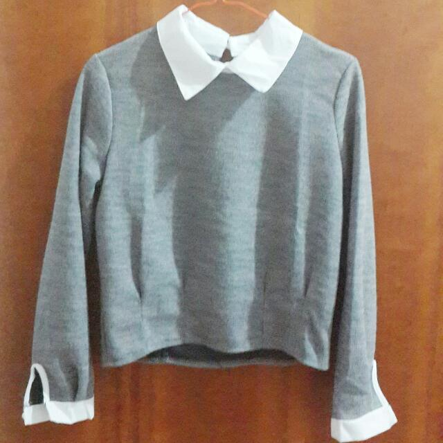Knitted Sweater With Collar Shirt