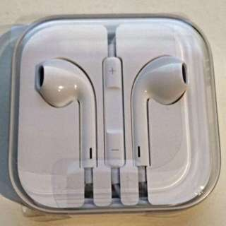 -BOTH PENDING- Authentic Apple Earpiece Earphones