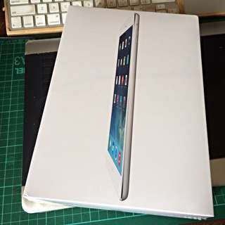 iPad Air silver 16gb wifi and cellular
