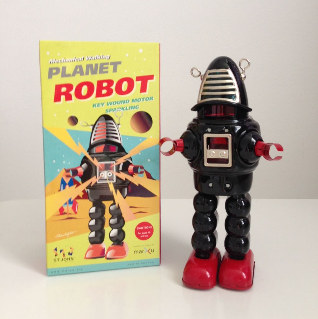 Tin Windup Planet Robot