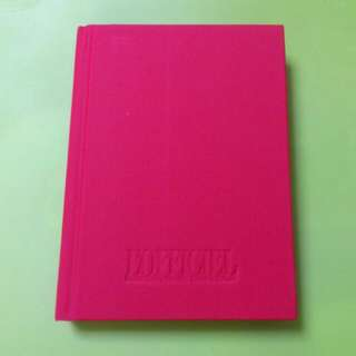 L'Officiel Red Notebook