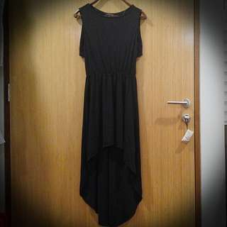 ZARA black hi-lo dress (size M)