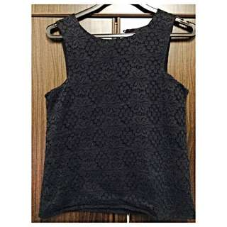 Cut in crochet top - Black