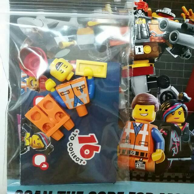 71004 Lego Movie Hard Hat Emmet Toys Games On Carousell