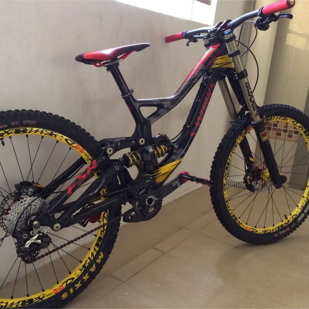 6018df36fb3 Specialized S Works Troy Lee Designs Demo 8, Sports on Carousell