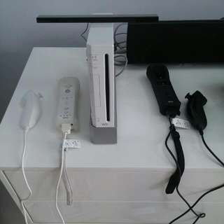 SELLING CHEAP WII!!!