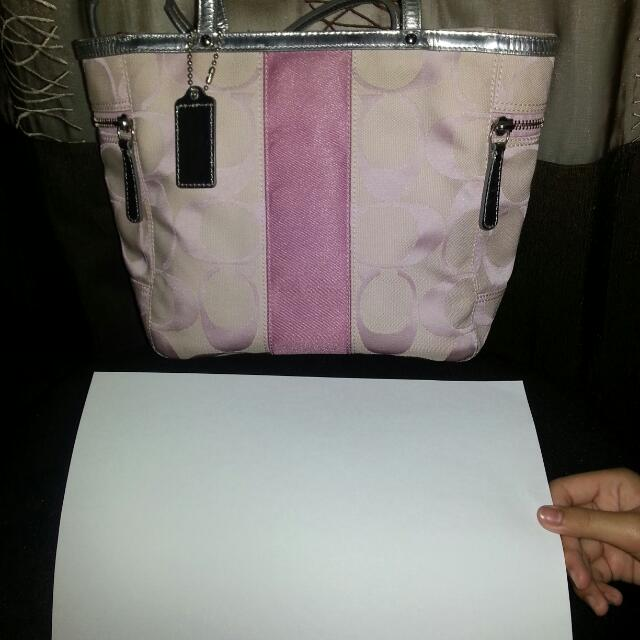 PRICE REDUCED! Preloved Authentic Coach Bag