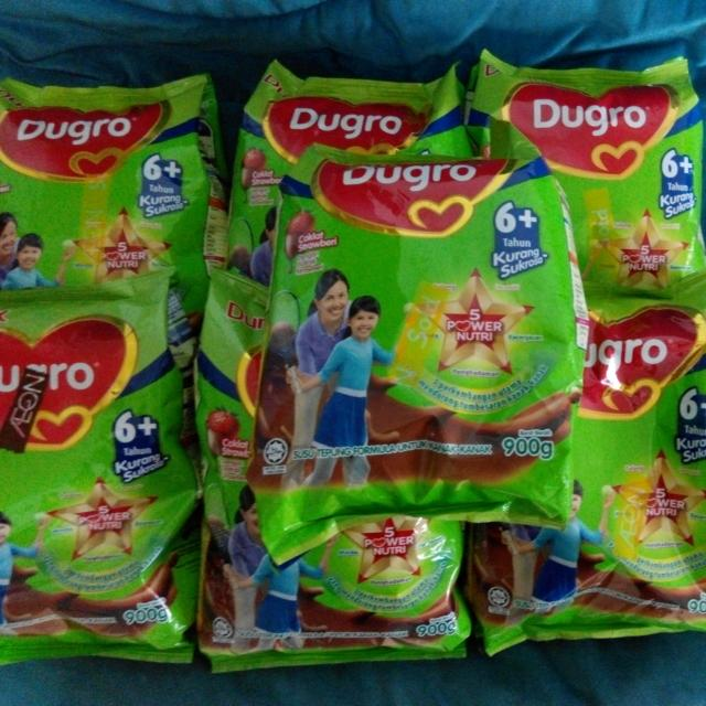 Dumex Dugro Milk Powder For 6+ - Chocolate Strawberry Flavour