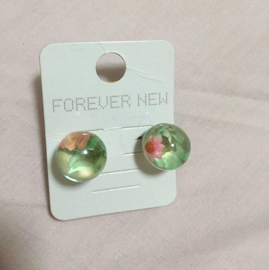 Forever new Ear Studs