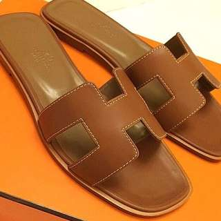 Brandnew In Box Hermes Oran Sandals Size 37