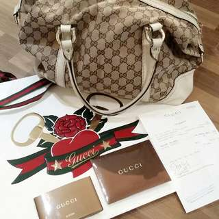 * Trade Or Sell * Gucci Duffle Bag