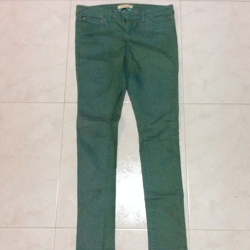 28688117a7 Price Reduced!! Authentic BN Bershka Green Super Skinny Jeans ...