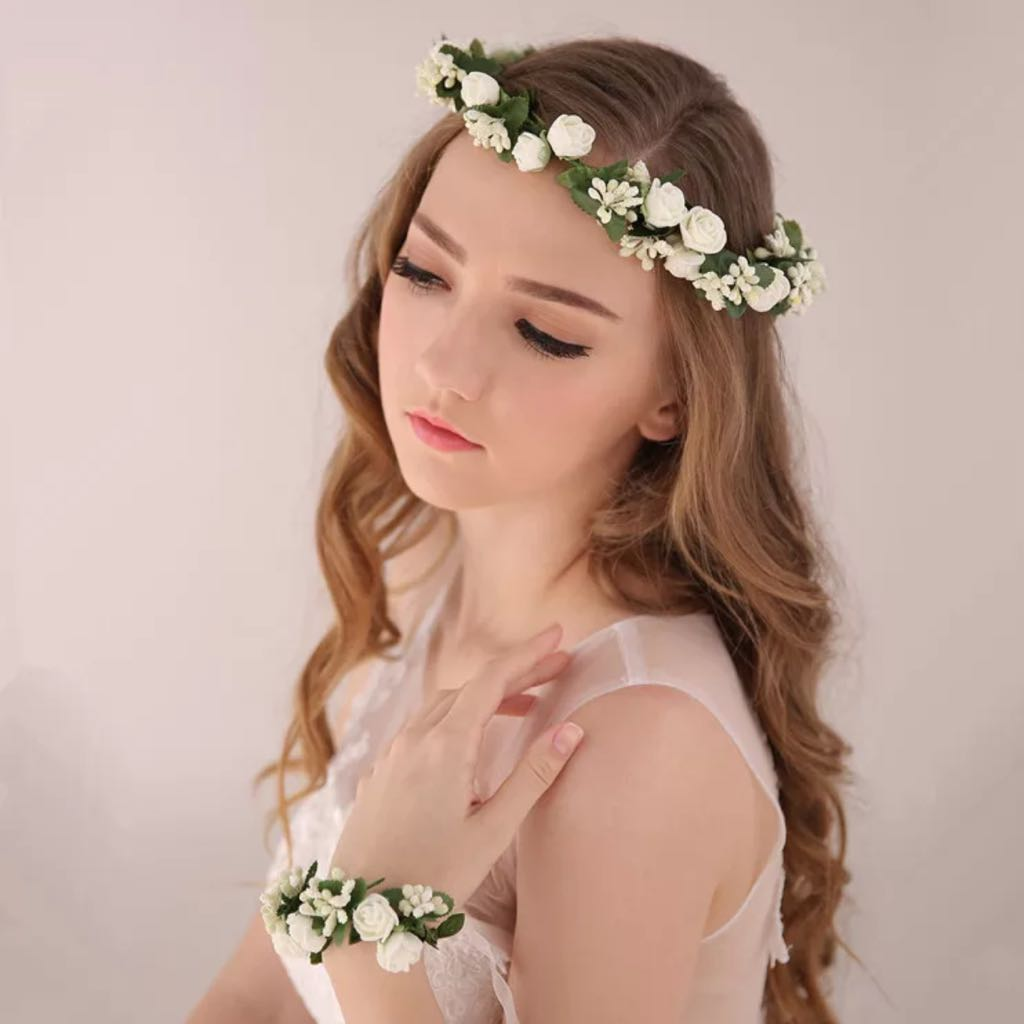 P O White Flower Crown And Bracelet Set For Wedding Parties Photoshoot Women S Fashion On Carousell