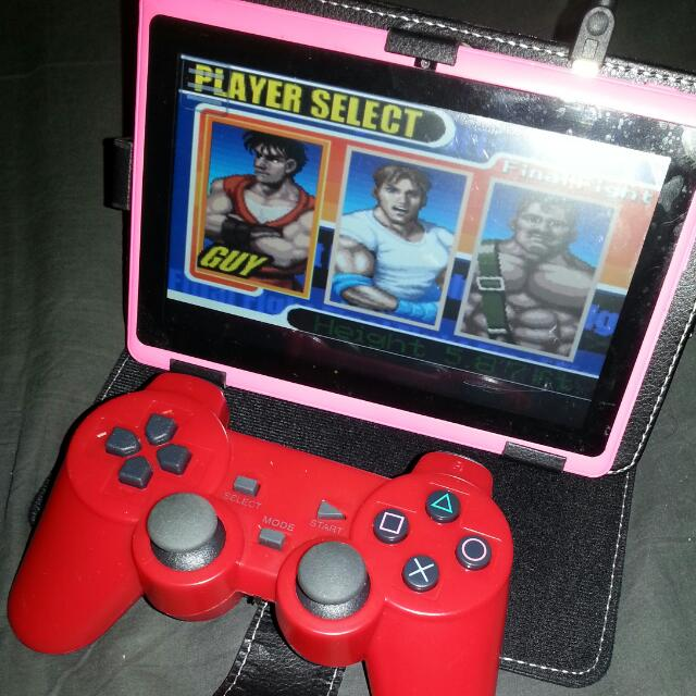 7INCH ANDROID TABLET WITH WIRELESS PLAYSTATION GAMEPAD TO