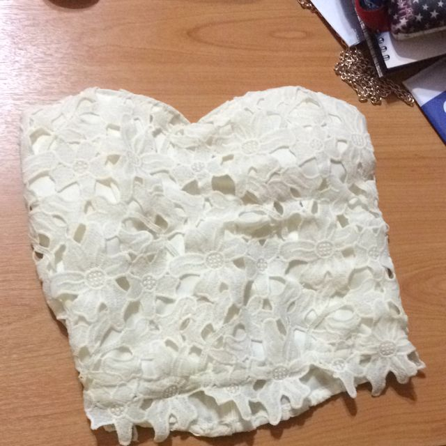 a900b702d47 White Lace Tube Top