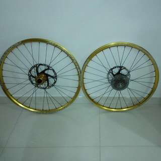Hope Pro 2 EVO Laced To Atomlab Pimplite Wheelset