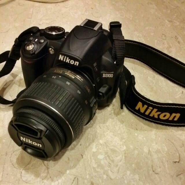 Nikon D3100 $400