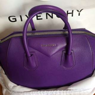 Brandnew Givenchy antigona Med In Goat Skin